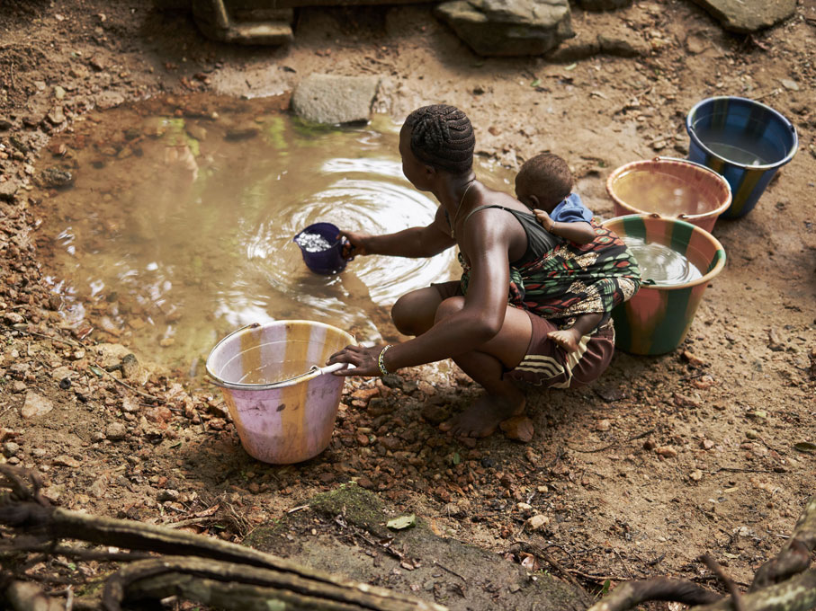 Sierra-Leone-WaterAid-Tombos-Wound-Joey-L-028