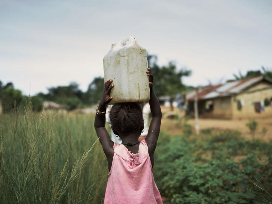 Sierra-Leone-WaterAid-Tombos-Wound-Joey-L-071