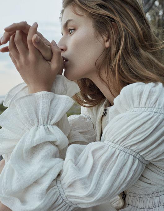 137_Vogue_04_18_01-1